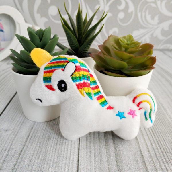 игрушка Единорог белый