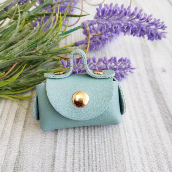 сумка малая на кнопке голубая