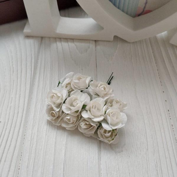 букет розы бумага белый
