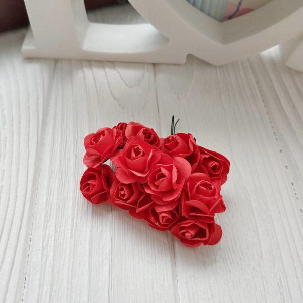 букет розы бумага красный