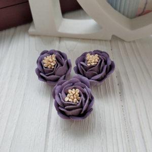 роза замш фиолетовый