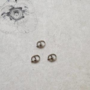пряжка с язычком 1см серебро