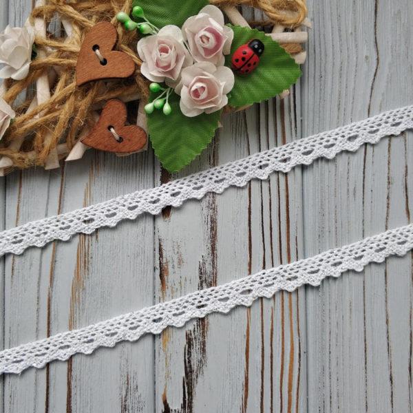 кружево вязаное 12мм белое с люрексом